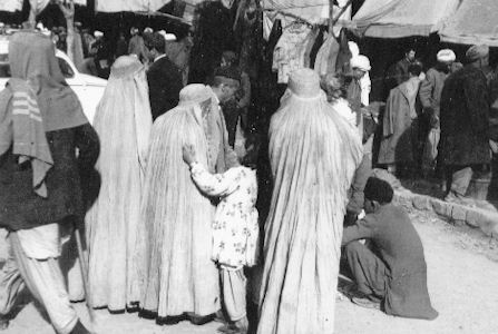 Quetta/West-Pakistan: 'Burka'-Frauen - 1967